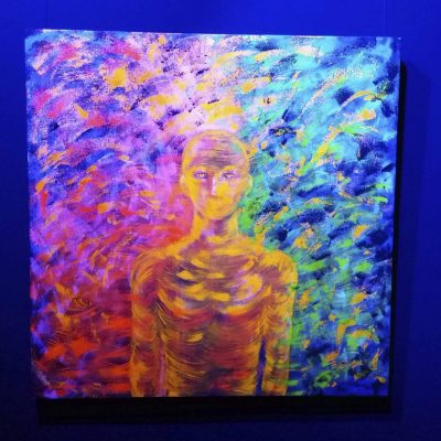 """Acrílica sobre tela """"Ser-Natureza"""", com projeção de luz azul"""